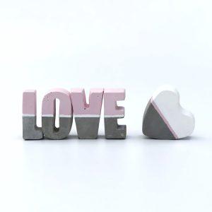 פריטי עיצוב מבטון אהבה